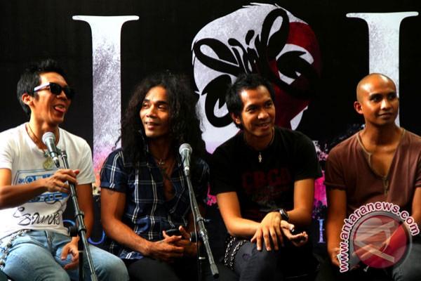 Slank prihatin dengan tawuran di Makassar
