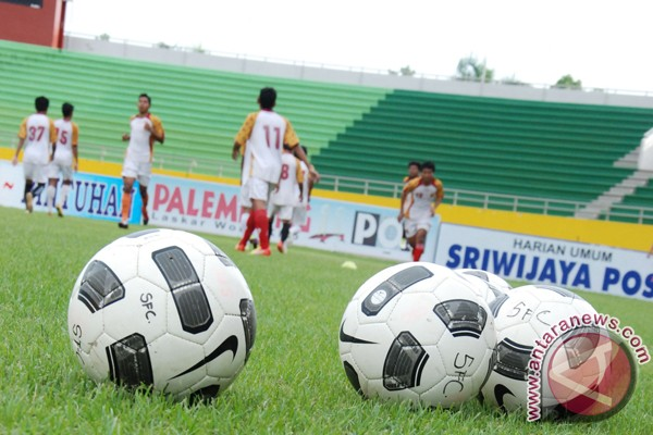 Penggiat sepak bola gelar liga anak