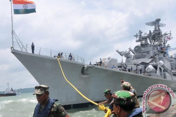 India minati delapan kapal perang dari Korsel