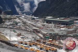 Indonesia to ban mineral ore exports
