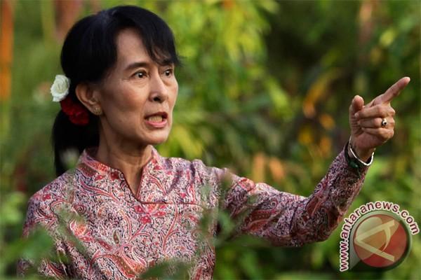 Aung San Suu kyi siap pimpin Myanmar