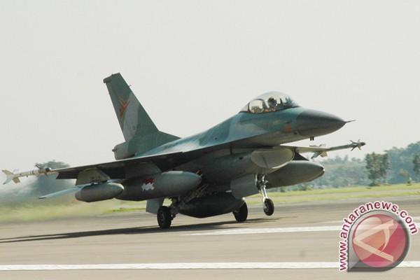 Satu skuadron F-16 TNI AU kawal Selat Malaka