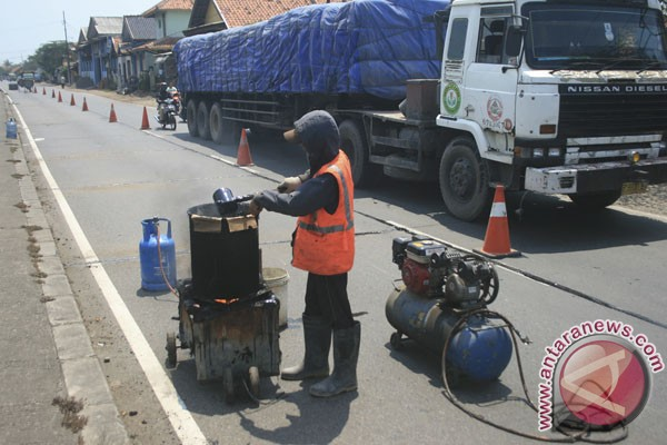 Perbaikan jalan Bengkulu-Lampung capai 60 persen