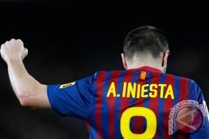 Iniesta bertekad menangkan El Clasico untuk mengenang Cruyff
