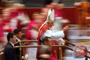 Paus Fransiskus pimpin misa pembukaan Tahun Yubileum