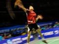 Tunggal putra pertama Indonesia Simon Santoso mengembalikan bola ke arah lawannya tunggal putera Jepang Sho Sasaki dalam pertandingan babak perempat final di ajang final piala Thomas dan Uber 2012 di Wuhan Sports Center's Gymnasium, Wuhan, Cina, Rabu (23/5). Simon Menang 22-20, 21- 14. (ANTARA/Zarqoni)