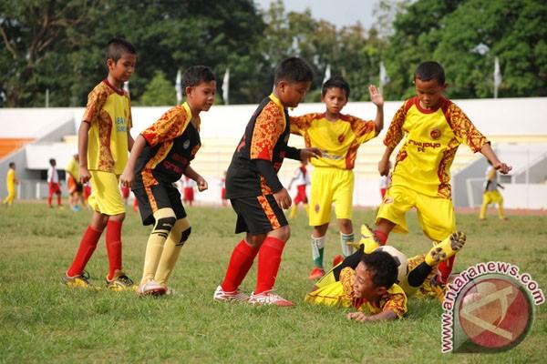 Indonesia harus banyak belajar pembinaan usia muda