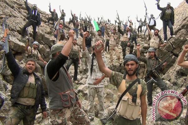 Moskow tuduh Washington persenjatai pemberontak Suriah