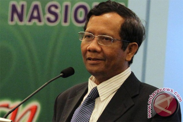 Ketua MK dukung penggalangan dana gedung KPK
