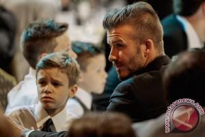 David Beckham tabrakan tapi selamat