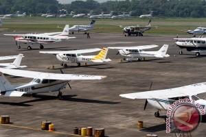 Penerbangan di Halim didominasi tujuan Surabaya