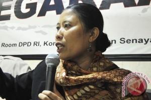 Perempuan harus proaktif masuk partai politik