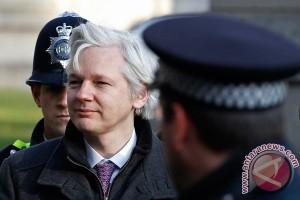 Ekuador pertimbangkan permintaan Swedia untuk periksa Assange