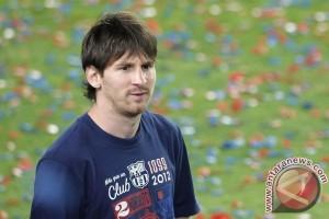 20120531Soccer270512 30 Barcelona masih pimpin klasemen setelah menang 4 2