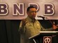 Kepala Badan Penanggulangan Bencana (BNPB), Syamsul Maarif memberikan pengarahan untuk penanggulangan bencana saat Rapat Koordinasi Nasional (Rakornas) BNPB dengan Badan Penaggulangan Bencana Daerah (BPBD) se-Indonesia di Hotel Pangeran Beach, Kota Padang, Sumatera Barat, Jumat (29/6). Rakornas tersebut bertujuan untuk memaparkan perbedaan wilayah dan cakupan daerah rawan bencana di tiap provinsi di Indonesia, serta persiapan dalam menghadapi bencana yang mungkin terjadi.(ANTARA/Syafril Adriansyah)