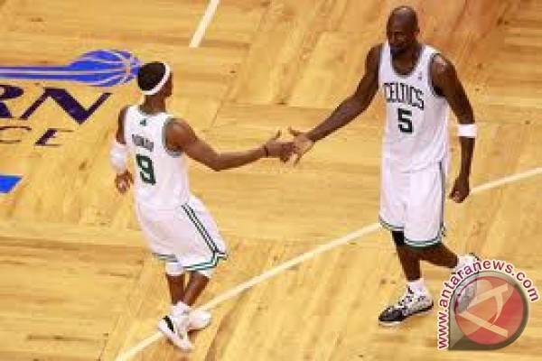 Celtics kurang satu kemenangan menuju final NBA