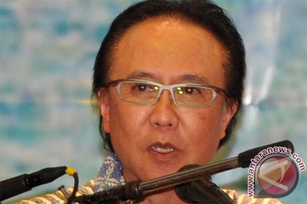 Indonesian minister calls for revival of economic activity in outlying islands