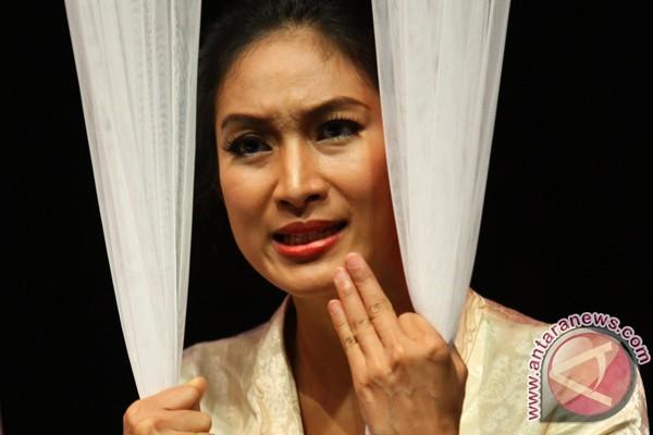 Inggit Garnasih, sosok di balik suksesnya Bung Karno