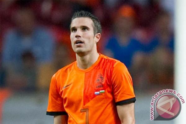 Van Persie terkesan gaya melatih Van Gaal