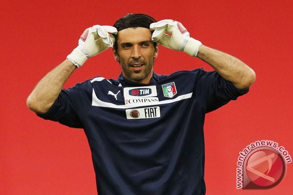 Buffon: Conte tidak takut terhadap apa pun