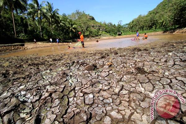 Wilayah krisis air bersih di Cilacap meluas