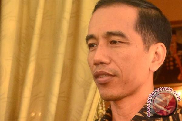 Jokowi: jangan sampai ada kartu platinum