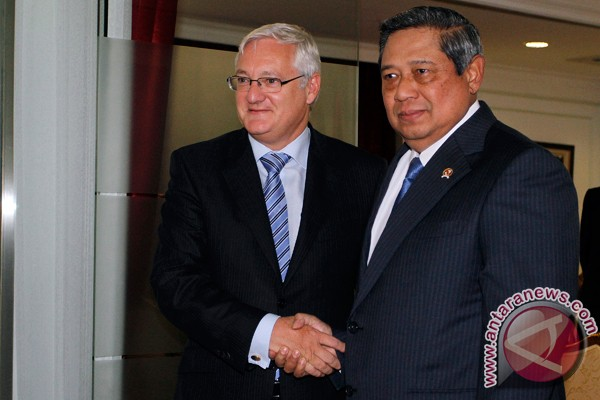 President Yudhoyono receives Shell CEO