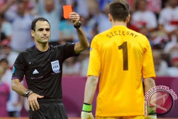 UEFA umumkan wasit untuk perempat final