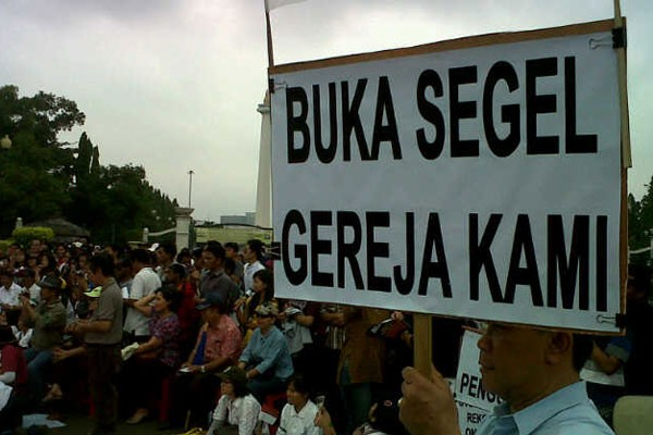 Ratusan peserta #BedaIsMe gelar aksi damai di depan Istana
