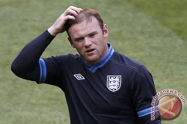 Rooney berperilaku santun, kata Hodgson