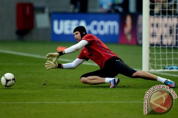 Petr Cech ogah bercukur selama Piala Eropa