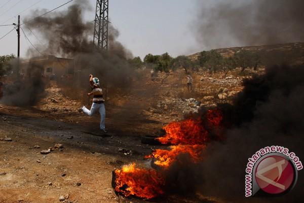 Tentara Israel tembak aktivis Palestina