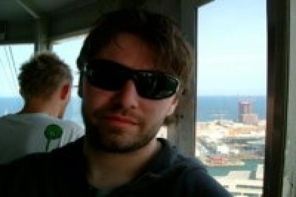 Radiohead berduka atas kematian teknisinya