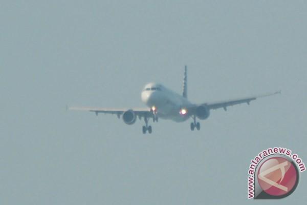 Tarif pesawat naik drastis