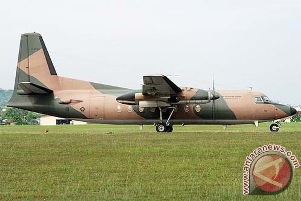 jatuhnya pesawat fokker 27 dan daftar korbannya