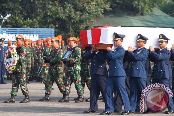 Sembilan korban Fokker F-27 masih dirawat