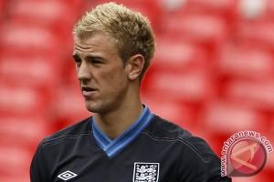 Euro 2016 - Joe Hart ajak pemain muda belajar dari pengalaman