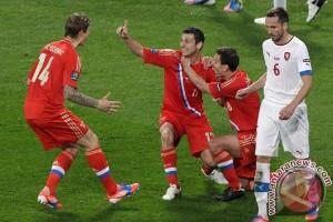 Dzagoev dipastikan absen pada Piala Eropa 2016 karena cedera