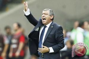 Euro 2016 - Maju ke perempatfinal, Santos puji habis timnya