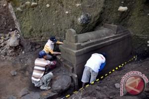 Tim ekskavasi situs Liyangan kembali temukan tulang