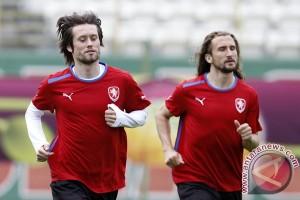 Pengungsi Suriah membuat Tomas Rosicky lanjut ke Euro 2016