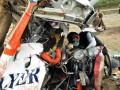 Petugas KNKT pusat dan Ditjen perhubungan Udara melakukan investigasi bangkai pesawat Cessna 172 PK - HL 172 PK-HAL milik Sekolah Penerbangan AERO FLYER Institute di tempat jatuhnya pesawat di Desa Sukadana ,Ciawigebang , Kuningan, Jawa Barat, Selasa (3/7). Investigasi dilakukan untuk mengetahui sejauh mana penyebab jatuhnya pesawat latih tersebut yang menewaskan satu orang instruktur dan melukai dua siswi penerbangnya.(FOTO ANTARA/Indra/Muhammad Deffa)