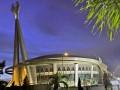 Gelanggang Remaja Pekanbaru yang akan digunakan sebagai salah satu arena pertandingan pada Pekan Olahraga Nasional XVIII/2012 di Riau, Jumat (13/7). Di arena tersebut akan dipergunakan untuk pertandingan cabang buku tangkis pada PON XVIII September 2012 mendatang. (ANTARA/Yudhi Mahatma)