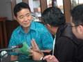 Terdakwa kasus penyuapan Shiokawa Toshio yang merupakan Presiden Direktur PT Onamba Indonesia, mengikuti persidangan di Pengadilan Tindak Pidana Korupsi Pengadilan Negeri Bandung, Jawa Barat, Kamis (26/7). Shiokawa Toshio disidangkan sebagai terdakwa dalam kasus penyuapan terhadap hakim adhoc Pengadilan Hukum Industrial (PHI) Bandung Imas Dianasari sebanyak Rp. 352 juta untuk memenangkan PT Onamba dalam perkara gugatan serikat pekerja. (FOTO ANTARA/Agus Bebeng)