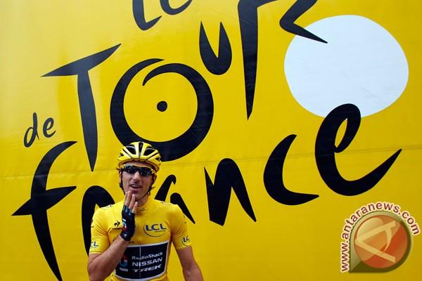 Wiggins pertahankan kaus kuning Tour de France