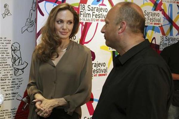 Angelina Jolie jadi warga kehormatan Sarajevo