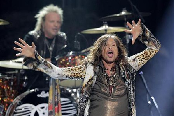 Steven Tyler keluar dari American Idol