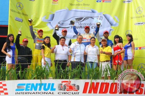 Fitra Eri unggul di balapan mercedez CCTC 2012-2013