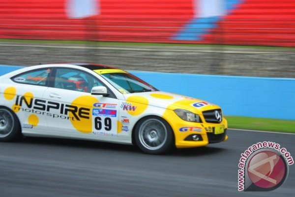 27 pembalap ikuti C-Coupe Touring Car Championship