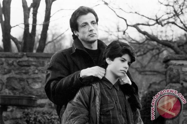 Sylvester Stallone: biarkan anak saya tenang